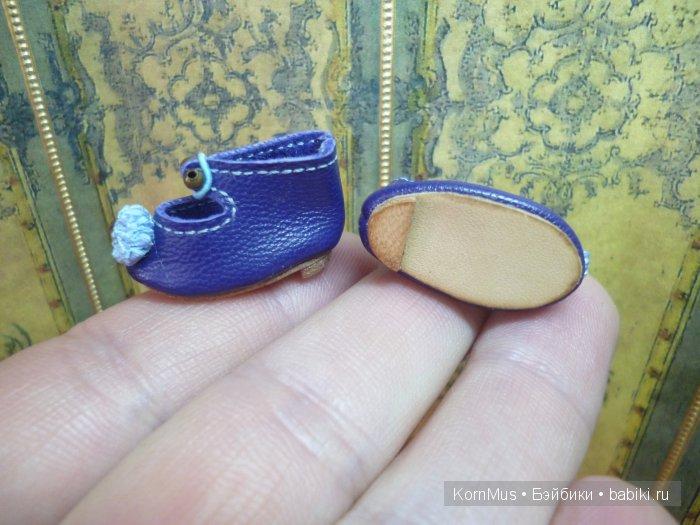 Маленькие кожаные туфли для куклы с каблуком, длина 25 мм
