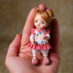 миниатюрная авторская кукла Энни