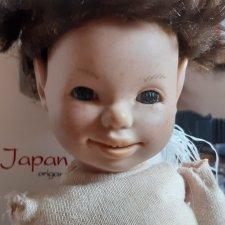 Как убрать остатки клея с головы куклы?