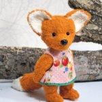 Маленькая лисичка Фенек .
