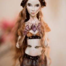 Фарфоровая шарнирная кукла Агнес