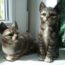Фарфоровые статуэтки котов
