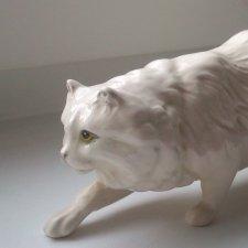 Фарфоровая статуэтка Крадущийся кот. Royal Doulton, Великобритания