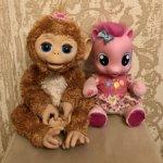 Fureal friends обезьянка и пони