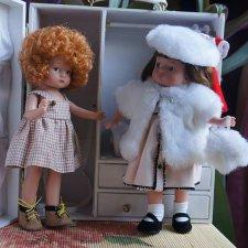 Встреча подруг в гардеробной Энни