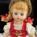 Винтажная кукла Madame Alexander Hungary doll in original box, страна происхождения - США