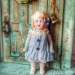 Герда... .Куколка из антикварных деталей..