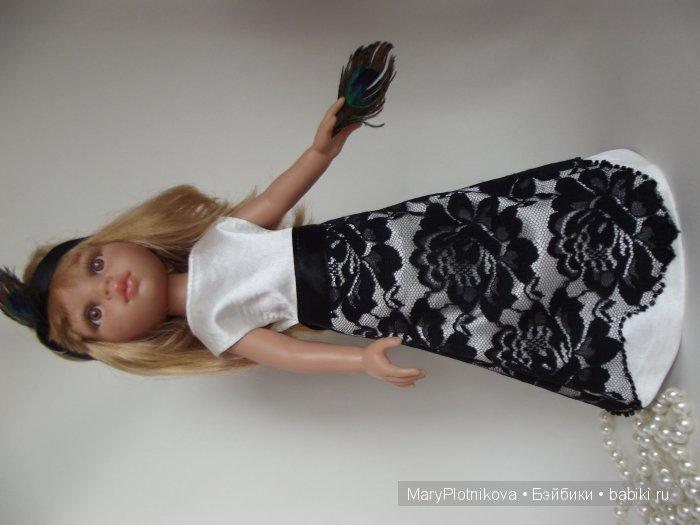 Платье на Паолку 32 см, атлас, кружево,снизу фатин. Застёжка по вашему желанию ( липучках или кнопки)
