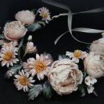 """Венок из шелковых цветов """"Розы и маргаритки"""". Натуральный шелк. Ручная работа"""