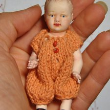 Коллекционная маленькая куколка по мотивам антикварных