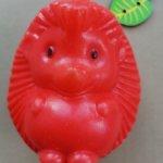 Советские пластмассовые игрушки-дутыши разных фабрик.