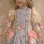 Английская роза.Платье с заниженной талией для кукол ростом от 55-72см.