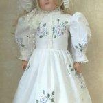 Платье отрезное по талии для большой куколки ростом 70-75см.