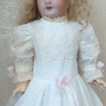 Воздушное батистовое чайное платье для кукол ростом от 50-60см.