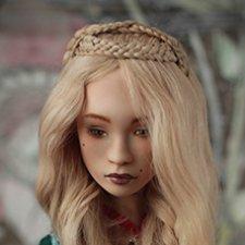 Серсея. Фарфоровая шарнирная кукла