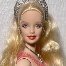 Барби Холидей шарнирная пышка йога Holiday Barbie