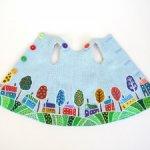 Льняное платье «Веселая деревня» с ручной росписью на куклу Paola Reina 32 см