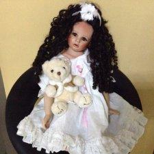 Помогите пожалуйста опознать куколку