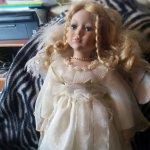 Помогите пожалуйста опознать Имя куклы из Leonardo Collection