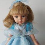 Принцесса Карла в голубом платье Paola Reina на ,,старом,, типе тел.