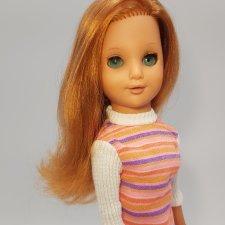 ГДР  Раунштайн.  Девушка с мендалевидными глазами и взрослыми формами