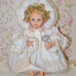 Фарфоровая кукла Эмма от  The Hamilton Collection