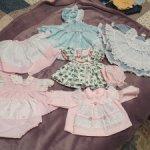 Винтажные платья для кукол пупсов