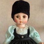 Куколка из серии «Страны мира» Румыния от Madame Alexander