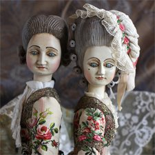 Пара кукол в стиле French Court Doll