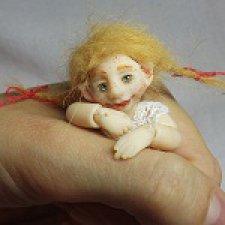 Смешная девчонка. Шарнирная кукла