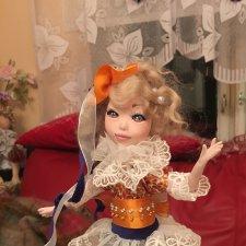 Девочка на шаре. Авторская кукла