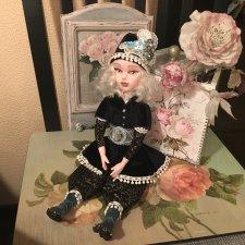 Интерьерная кукла ручной работы из паперклея
