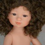 Кудрявая шатенка Селия с карими глазами  от Кармен Гонзалес