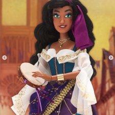 Первый взгляд на лимитированную Эсмеральду. Disney limited edition doll