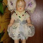 Старинная немецкая кукла. Девочка. Малышка.Рельефные волосы.