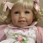 Виниловая кукла  ADORA