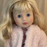 Кукла Schildkrot Yella