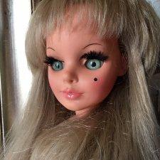 Русалочка Simona c бездонными изумрудными глазами