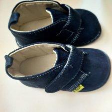 Новые замшевые ботиночки до 10.06   500 рублей за пару