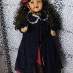 Платье для большой антикварной куклы