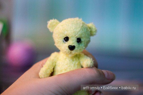 Вязанный медвежонок Лимми, рост 10см, фактурная пряжа, шплинтовое крепление лап и головы