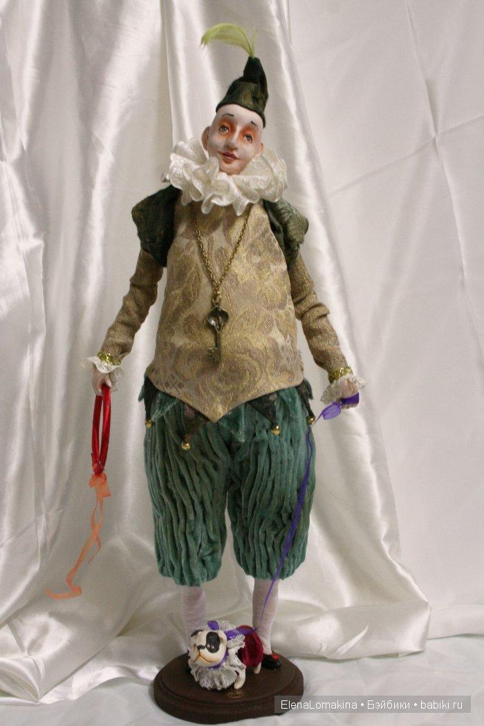 """Хочу представить вам -это Бим,он всегда выступает со своим любимцем пёсиком """"Кнопой"""",они выучили отличные трюки и веселят своим выступлением публику и с удовольствием приедут к вам в дом для выступления у вас дома)) Кукла на проволочном каркасе,полимерная глина,винтажный бархат,гобелен,жакард,кружева и аксессуары."""
