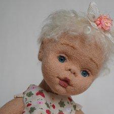 Малышка Агата. Куколка из шерсти