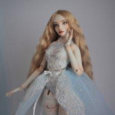 Оливия. Фарфоровая шарнирная кукла