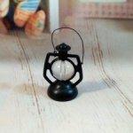 Лампа керосиновая винтажная. (миниатюра)