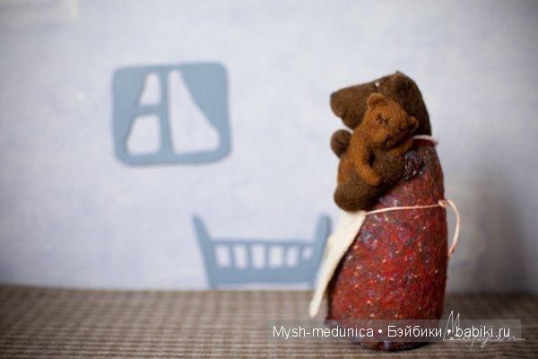 """""""Медведица"""", 15 см. Шерсть, шелк, бисер. Ед. экз. 2014 г. Маруся Новокрещенова"""