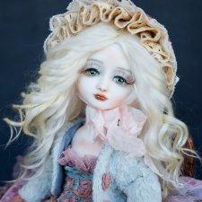 Кукла фарфоровая Тея