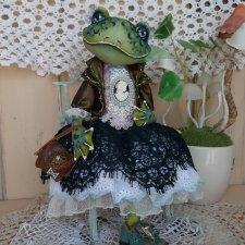 Лягушка-барышня Мерлин. Художественная интерьерная кукла