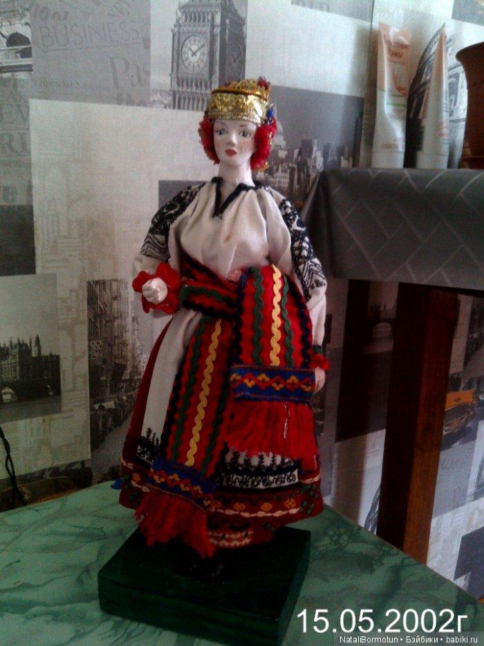 Кукла в костюме Воронежской губурнии.