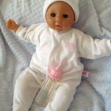 Как работает Baby Annabell первой версии? Ищу видео